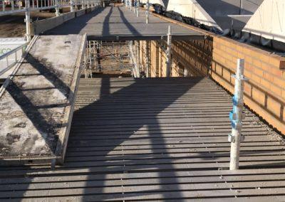 stilladsopsætning ved byggeplads i SIlkeborg, specialfabrikken